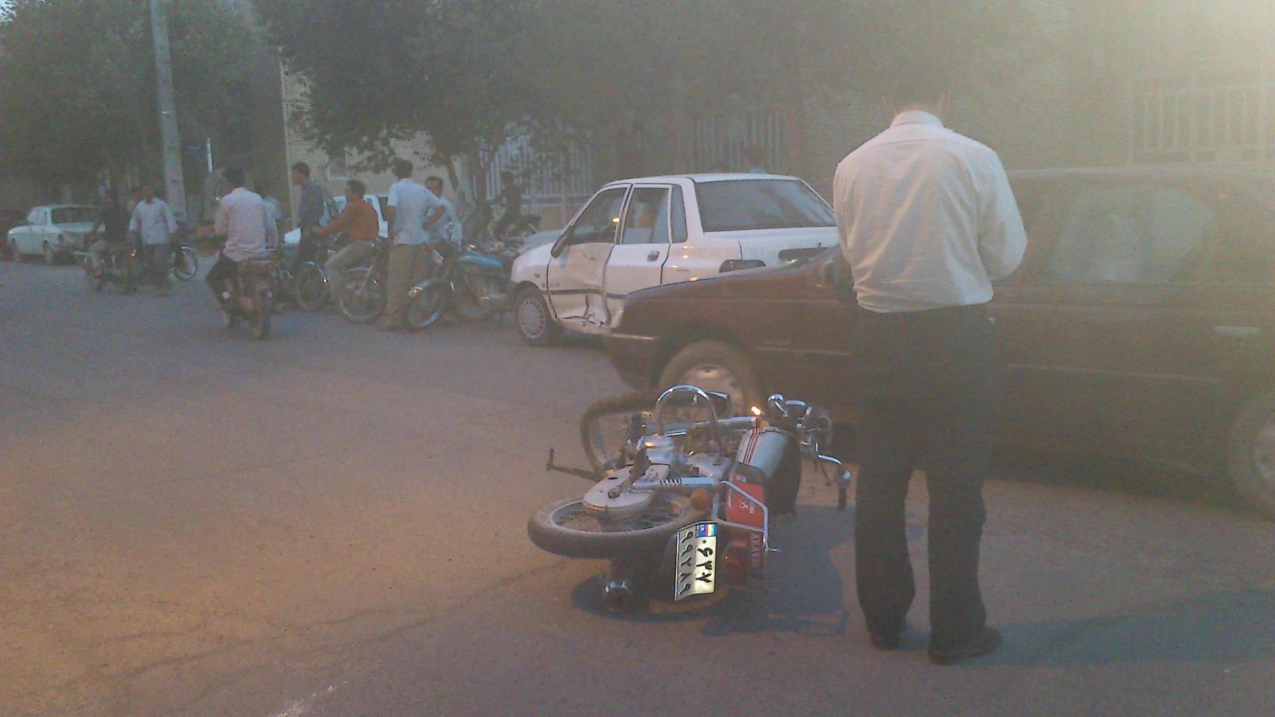 تصادف در خیابان ولی عصر(عج)شهیدیه